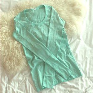 Lululemon Green Size 6 Long Sleeve Top